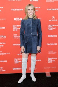 fashion-2016-01-zosia-mamet-sundance-street-style-suede-dress-over-the-knee-boots-main